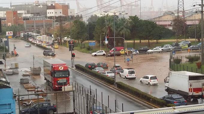 Наводнение вГреции: запоследние дни погибли уже 19 человек